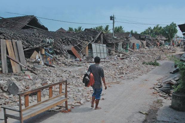 Jogja Pada Hari Itu - 14 Tahun Gempa Jogja