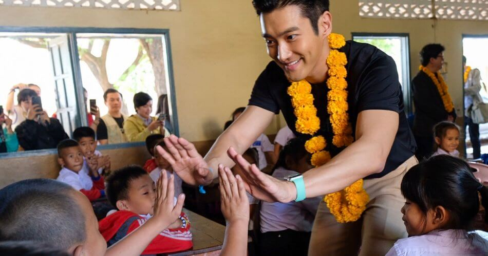 Menjadi Siwon adalah Impian Setiap Pria - UNICEF