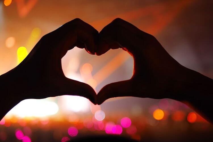 cinta karena hawa nafsu