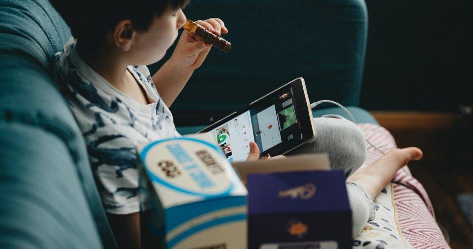 Waspada Saat Anak Menonton Video Main Game di YouTube