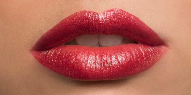 karakter cewek dari lipstick