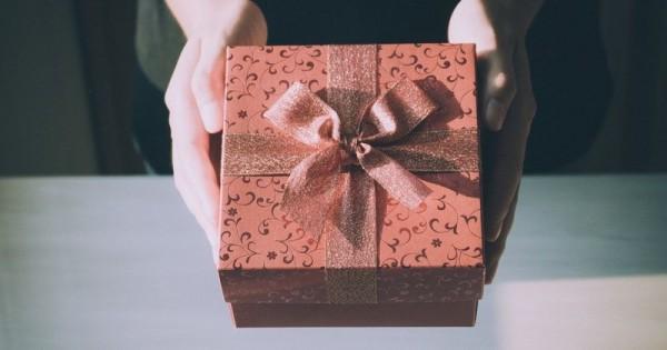 Hadiah Ulang Tahun Murah yang Tampak Elegan