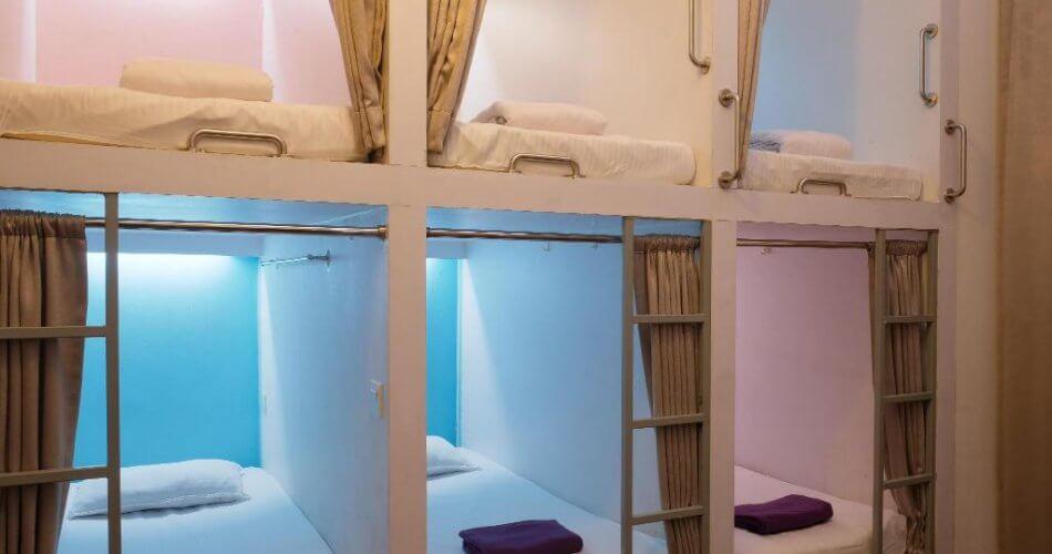 Pengalaman Tidur di Hostel Bersama Para Bule
