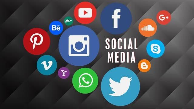 Antara Saya dan Media Sosial