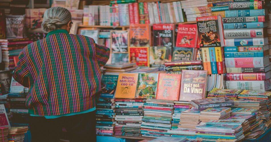4 Manfaat yang Akan Kamu Dapatkan Jika Membeli Buku Preloved