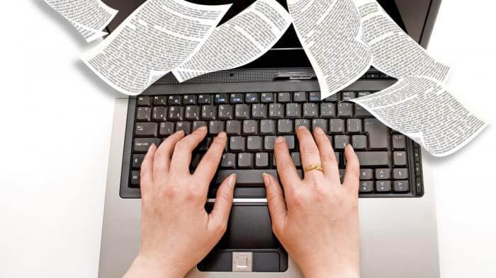 4 Penulis dengan Sentuhan Humor di Tulisannya