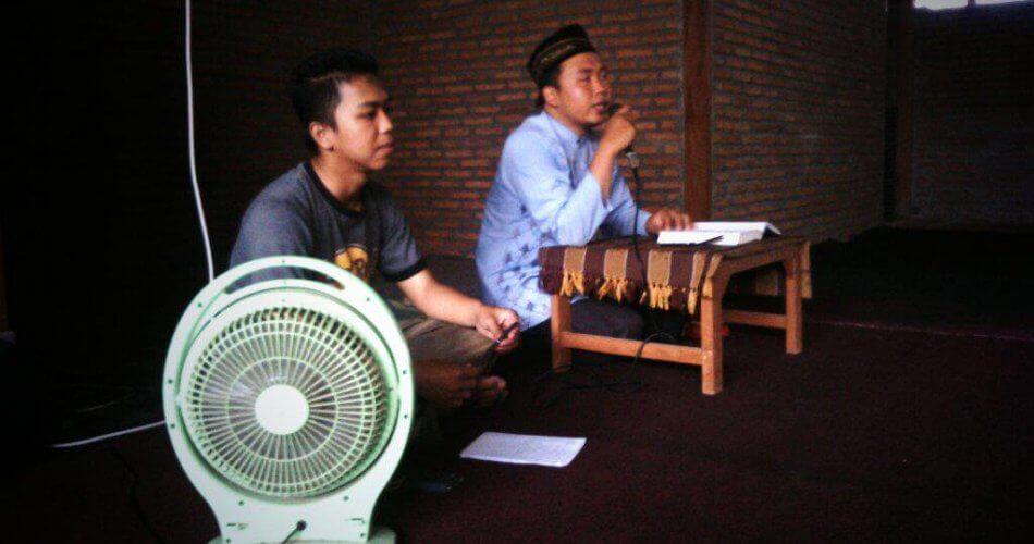 Pengalaman Saya Ngekos di Kos Binaan, dari Jemuran yang Jamuran sampai Konflik Politik Kampus